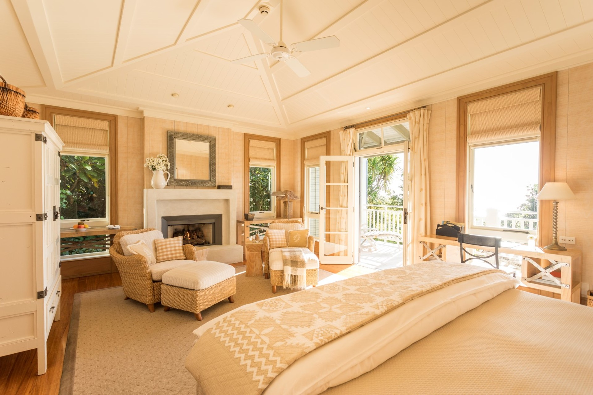 Kauri Cliffs Deluxe Suite  (Large).jpg